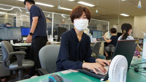 「設定は数時間。救世主だった」北九州市の所管課で利用拡大する電子申請サービス