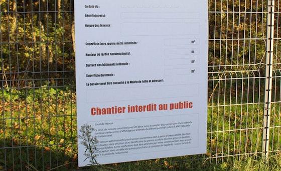 Imprimez vos panneaux d'affichage de déclaration de travaux sur Akilux ou Alu-Dibond Avec 123Panneaux