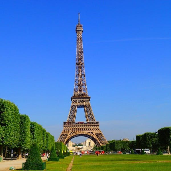 By The Eiffel Tower Live Virtual Tour's main gallery image