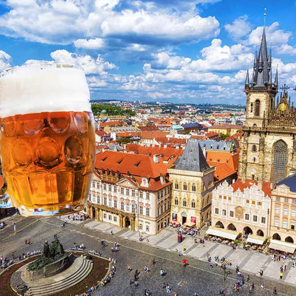 Experience Life in Prague with Locals 's main gallery image