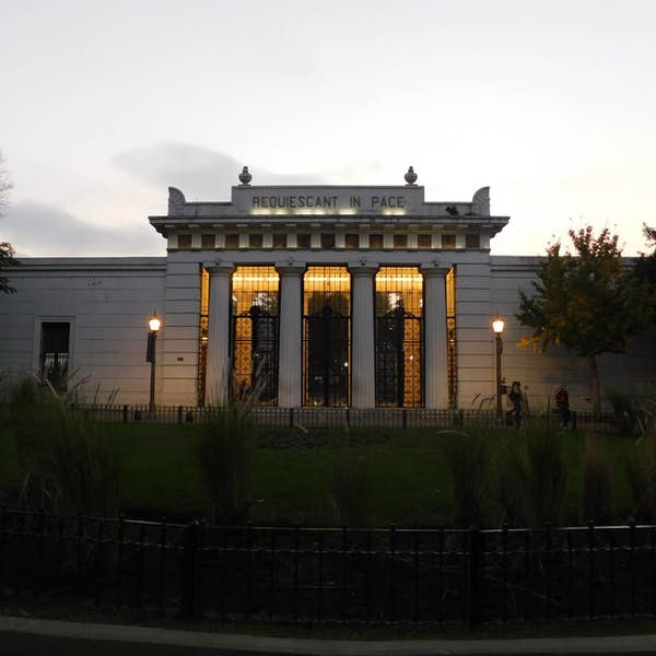 Recoleta Neighborhood,  Home of the Most Elegant European Architecture and Wide Boulevards's main gallery image