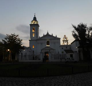Recoleta Neighborhood,  Home of the Most Elegant European Architecture and Wide Boulevards's gallery image