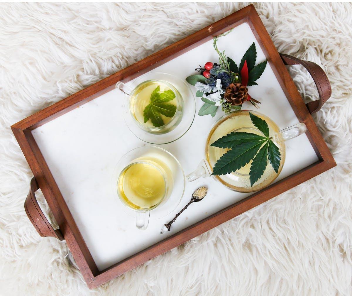 Tray with CBD tea