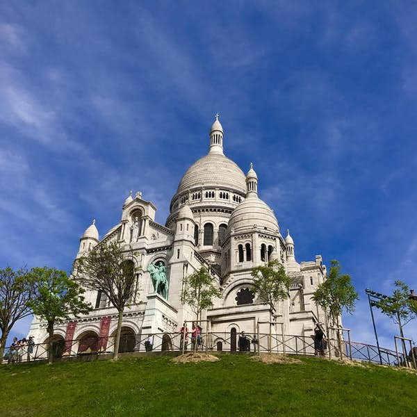 Live from Montmartre Virtual Tour's main gallery image