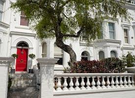 Discover Chelsea Neighboorhood in London's thumbnail image