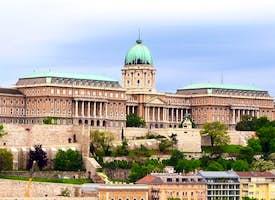 Discover the Buda Castle District Live Virtual Tour's thumbnail image