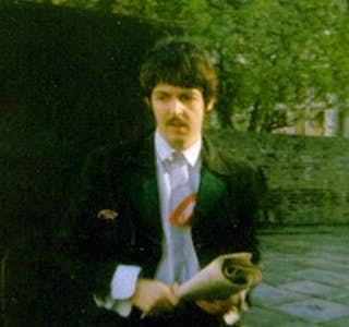 Paul McCartney in London's gallery image
