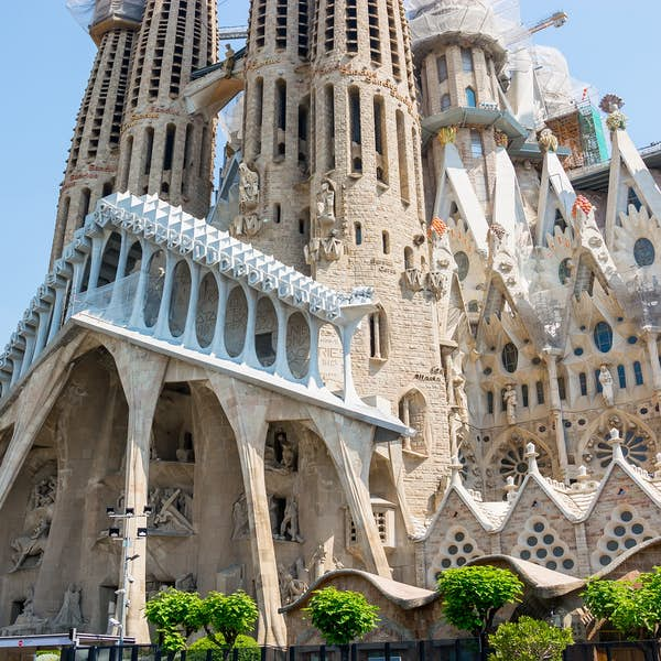 Gaudi and Modernism - Live Virtual Experience's main gallery image