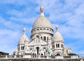 Explore the Bohemian Montmartre Live Virtual Tour's thumbnail image