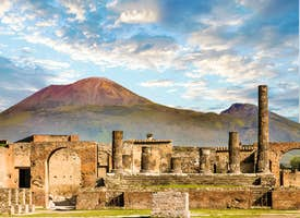 Discover Pompeii: Hidden Stories by an Archaeologist's thumbnail image